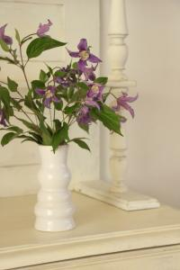 vase blanc gres
